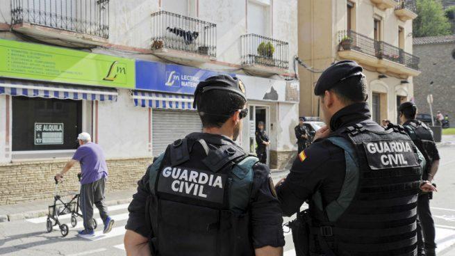 La policía registra la casa del Imán de Ripoll por su vinculación con los terroristas de Barcelona