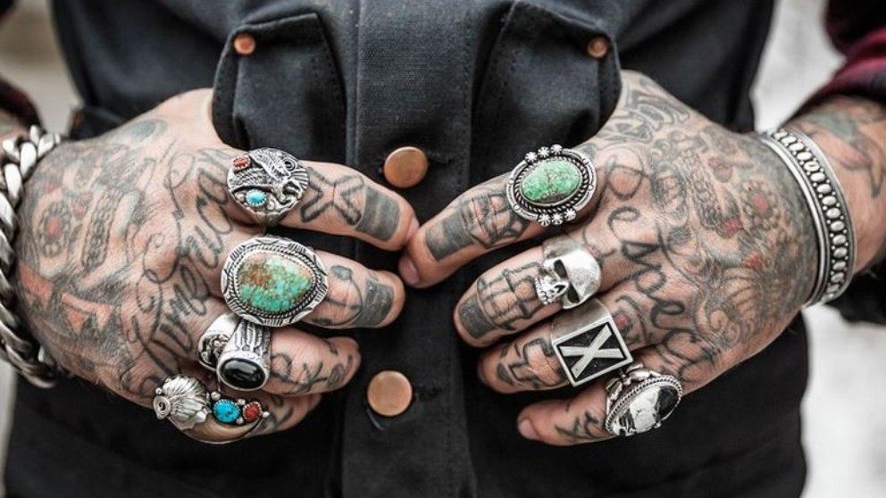 Los tatuajes están ahí y permanecen en el tiempo porque nosotros lo queremos.