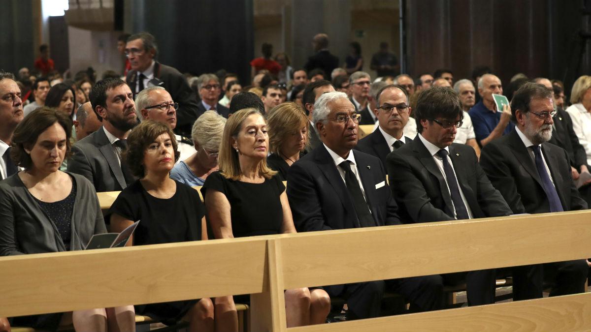 """Misa por las víctimas: Omella llama a buscar paz y unión porque """"la división nos corroe y destruye"""""""