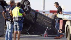 Vehículo con el que se perpetró el atentado de Cambrils (Foto: AFP)