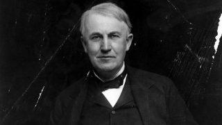 Thomas Edison patentó más de mil inventos distintos.