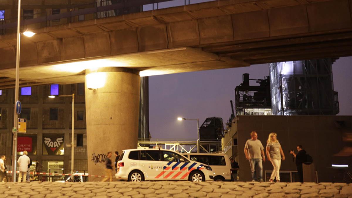 Policía en Rotterdam (Foto: AFP)