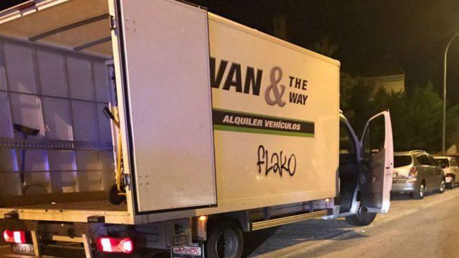 La Guardia Civil encuentra en Collado Villalba la furgoneta con dos marroquíes fugados que buscaba