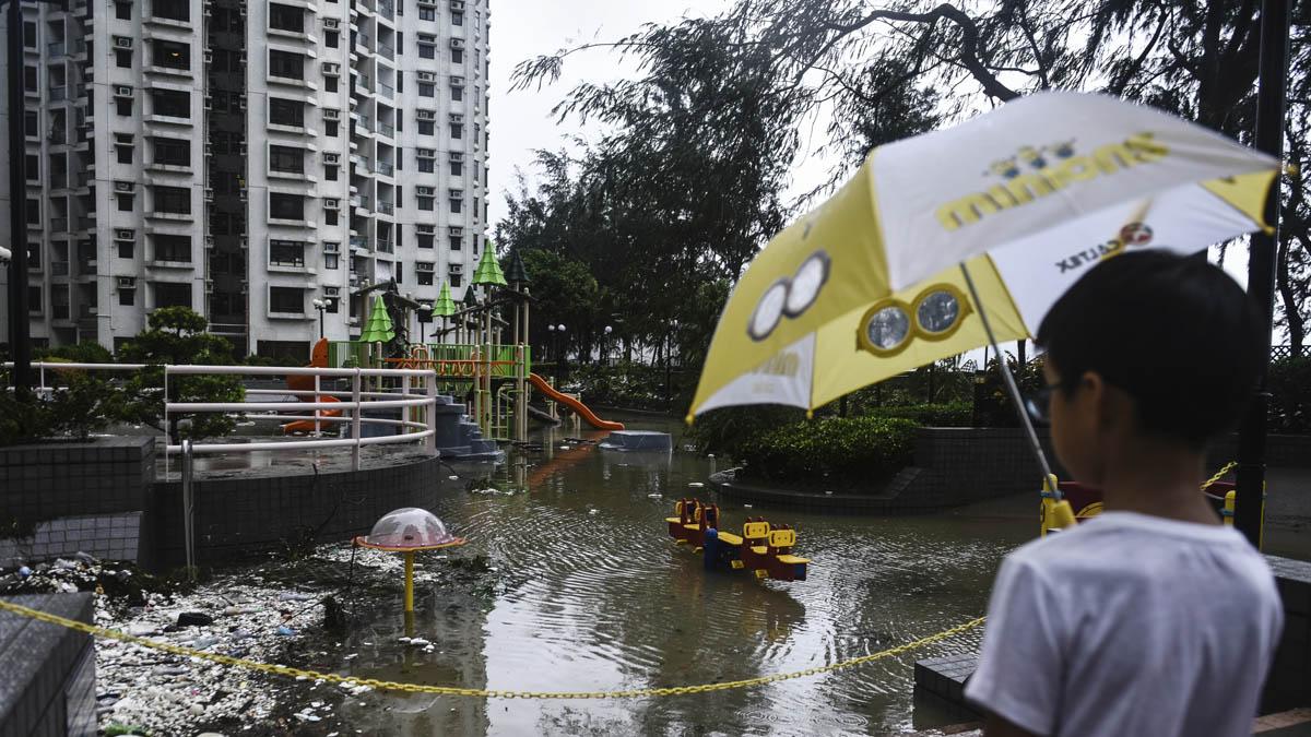 Tifón Hato en Hong Kong (AFP)