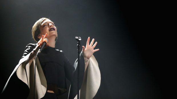 Lorde en una actuación en 2013. Foto: Getty