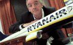 Ryanair ofrece a los pilotos que están de vacaciones 12.000 euros para cubrir vacantes