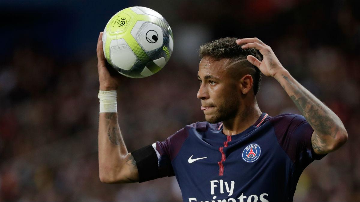 Neymar, en un partido con el PSG. (AFP)