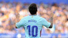 Messi, celebrando uno de sus tantos ante el Alavés (AFP).