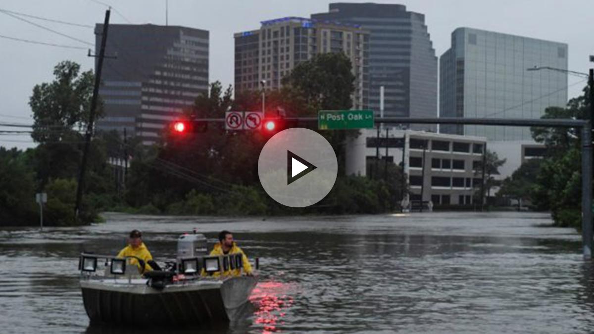 La ciudad de Houston, la cuarta más grande de Estados Unidos, se encuentra totalmente inundada. Foto: AFP