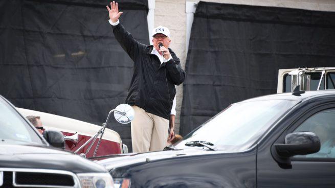 """Trump dice en Texas que """"nunca ha habido algo tan caro en la historia del país"""" como el huracán 'Harvey'"""