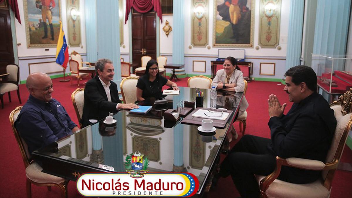 Nicolás Maduro en el Palacio de Miraflores con José Luis Rodríguez Zapatero. (Foto: Twitter)