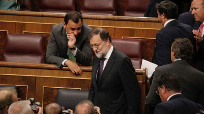 Rajoy ordena no atacar a Sánchez para salvar la frágil unidad hasta el referéndum