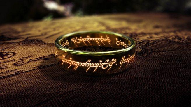 El anillo único de Sauron, eje central de la trama de El Señor de los Anillos, la trilogía novelesca de J.R.R. Tolkien.