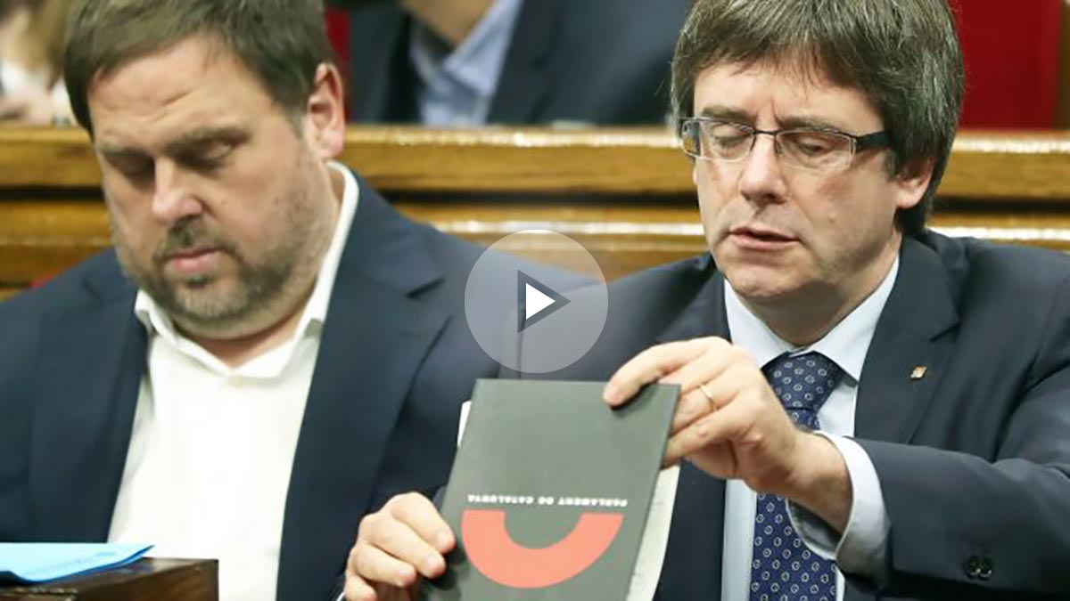 Oriol Junqueras y Carles Puigdemont. (Foto: EFE)