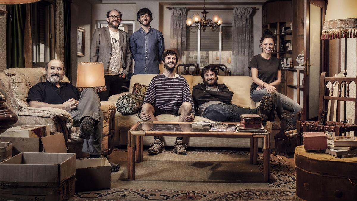'Fe de erratas' es el último trabajo de Borja Cobeaga con Miran Ibarguren y Javier Cámara. Foto: Jorge Alvariño