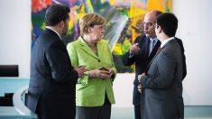 La canciller alemana Angela Merkel, con los opositores venezolanos Julio Borges y Freddy Guevara.