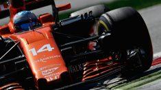 Pat Fry, antiguo ingeniero de McLaren, está convencido de que los de Woking ya tienen perfectamente claro la ganancia que obtendrán al montar un motor Renault en su monoplaza. (Getty)