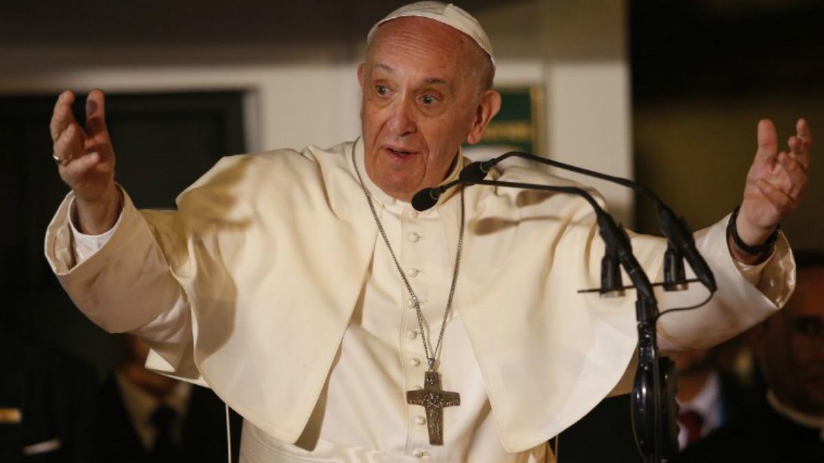 El Papa Francisco habla al pueblo colombiano durante la visita oficial del pontífice al país latinoamericano. Foto: AFP