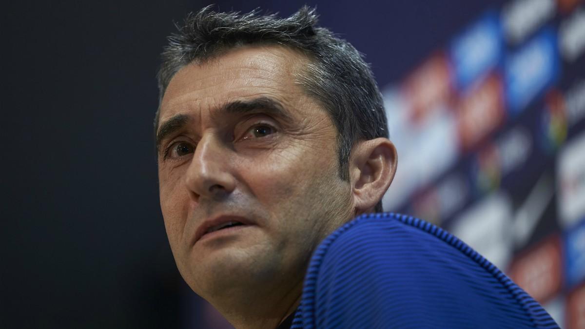 Valverde, en una rueda de prensa del Barcelona. (EFE)