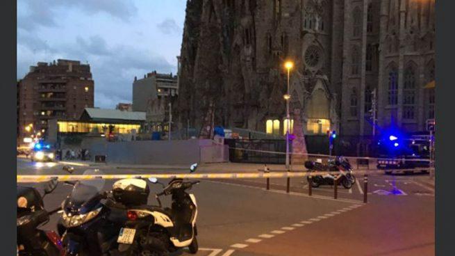 Detenido un individuo francés que intentaba entrar en la Sagrada Familia de Barcelona cargado con munición