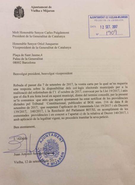 """Otra bofetada a Puigdemont: el Val d'Aran le avisa por carta que """"cumplirán la ley"""" y no habrá 1-O"""