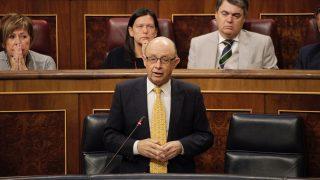 Cristóbal Montoro, ministro de Hacienda, en el Congreso de los Diputados. (Foto: Francisco Toledo)