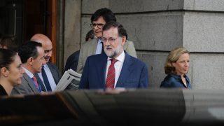 Mariano Rajoy a la salida del Congreso de los Diputados. (Foto: Francisco Toledo)