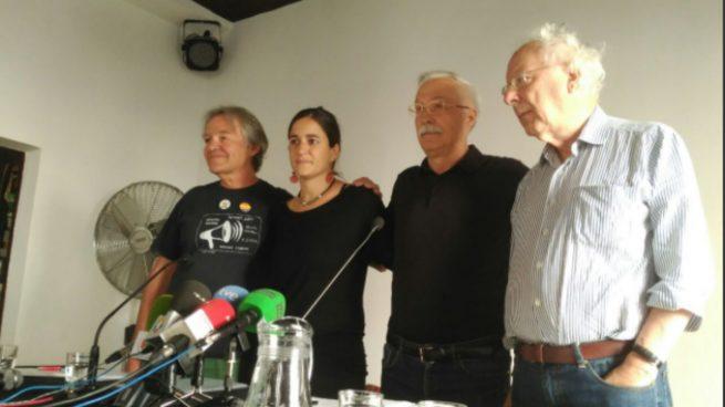 Tres ediles de Carmena y dos diputados de Podemos firman el manifiesto en favor del referéndum ilegal