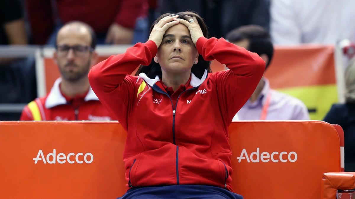 Conchita Martínez se lamenta en un partido. (AFP)