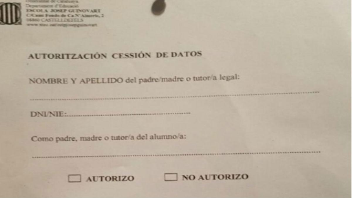 Nota del Colegio Público Josep Guinovart de Castelldefels (Barcelona).