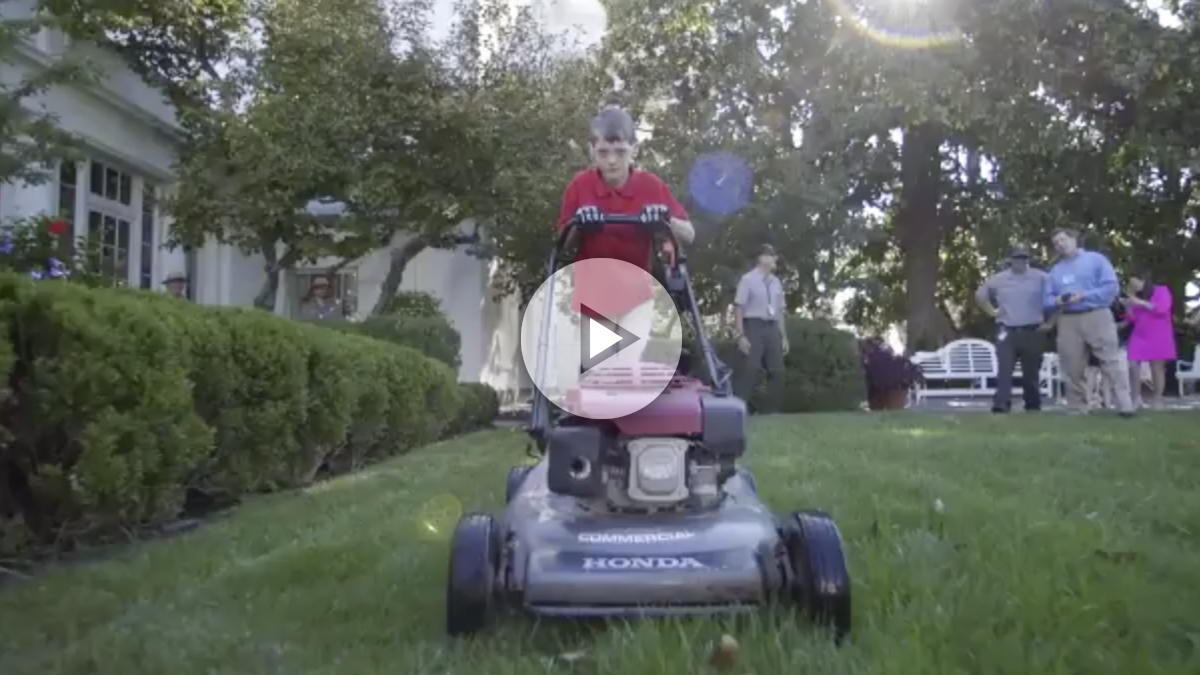 Un niño de 11 años, jardinero en la Casa Blanca