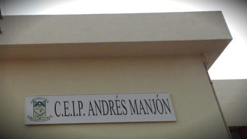 Fachada del colegio Andrés Manjón de Ceuta.