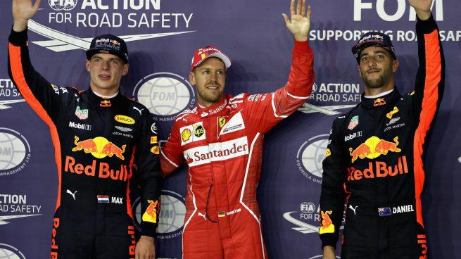 Vettel se impone a los Red Bull con Alonso y Sainz en Q3