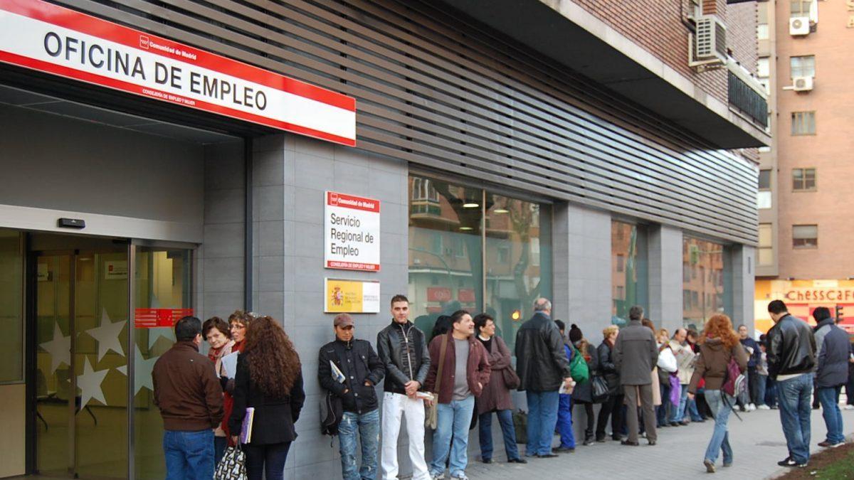 La tasa de paro en espa a bajar del 15 el pr ximo 2018 for Oficina de paro madrid