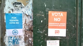 carteles-falsos-referendum