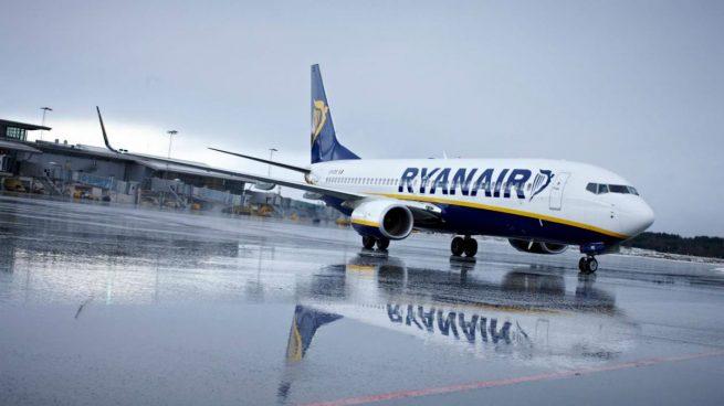 Ryanair-avión-transporte aéreo