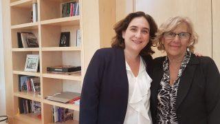 Ada Colau y Manuela Carmena. (Foto: @AdaColau)