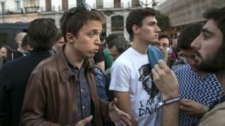 Íñigo Errejón en la manifestación no autorizada de Sol. (Foto: EFE)