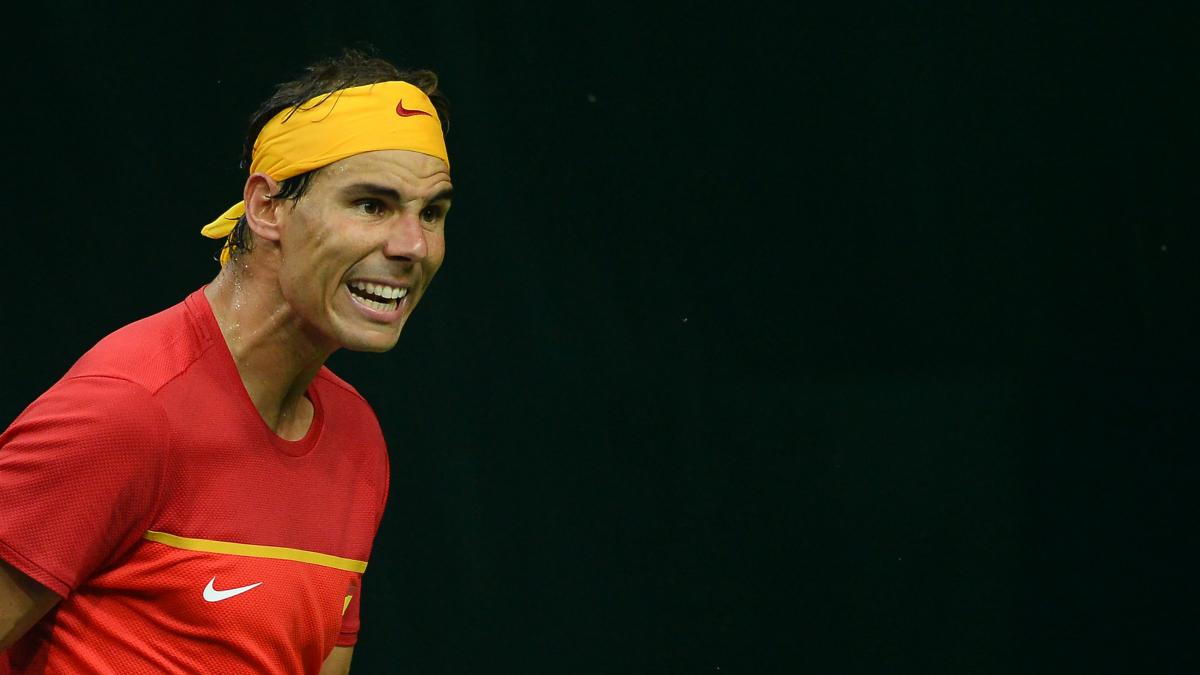 Rafa Nadal celebra un punto en la Copa Davis. (AFP)