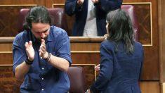 Pablo Iglesias e Irene Montero. (Foto: EFE)