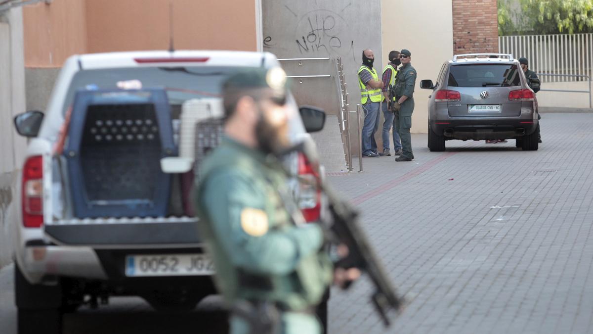 Un agente de la Guardia Civil (Foto: EFE).