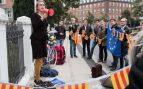 La hermana de Guardiola presume de que 19 jóvenes daneses apoyan el referéndum ilegal