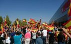 Protestas por la retirada de la bandera española en la asamblea bolivariana pro 1-O en Zaragoza