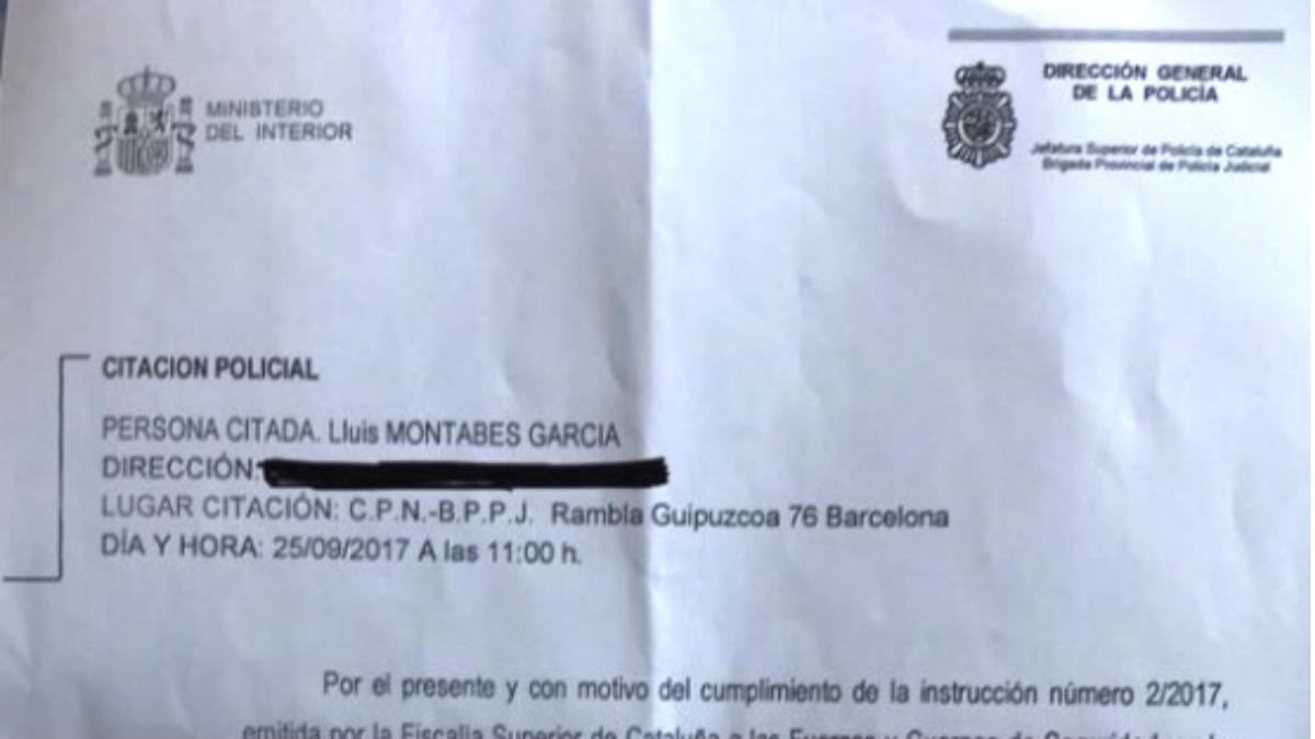 Citación para el creador de la web 'marianorajoy.cat' que reproducía la página oficial del referéndum ilegal.