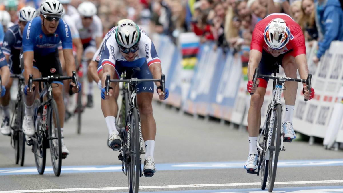 Sagan se impuso por centímetros a Kristoff. (AFP)
