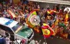 Así despiden entre aplausos a los Guardias Civiles que salen de Córdoba hacia Cataluña para el 1-O