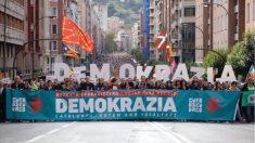 Manifestación de Gure Esku Dago en apoyo al referéndum ilegal del 1-O.