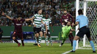 Luis Suárez celebra el gol de la victoria del Barcelona. (Getty)