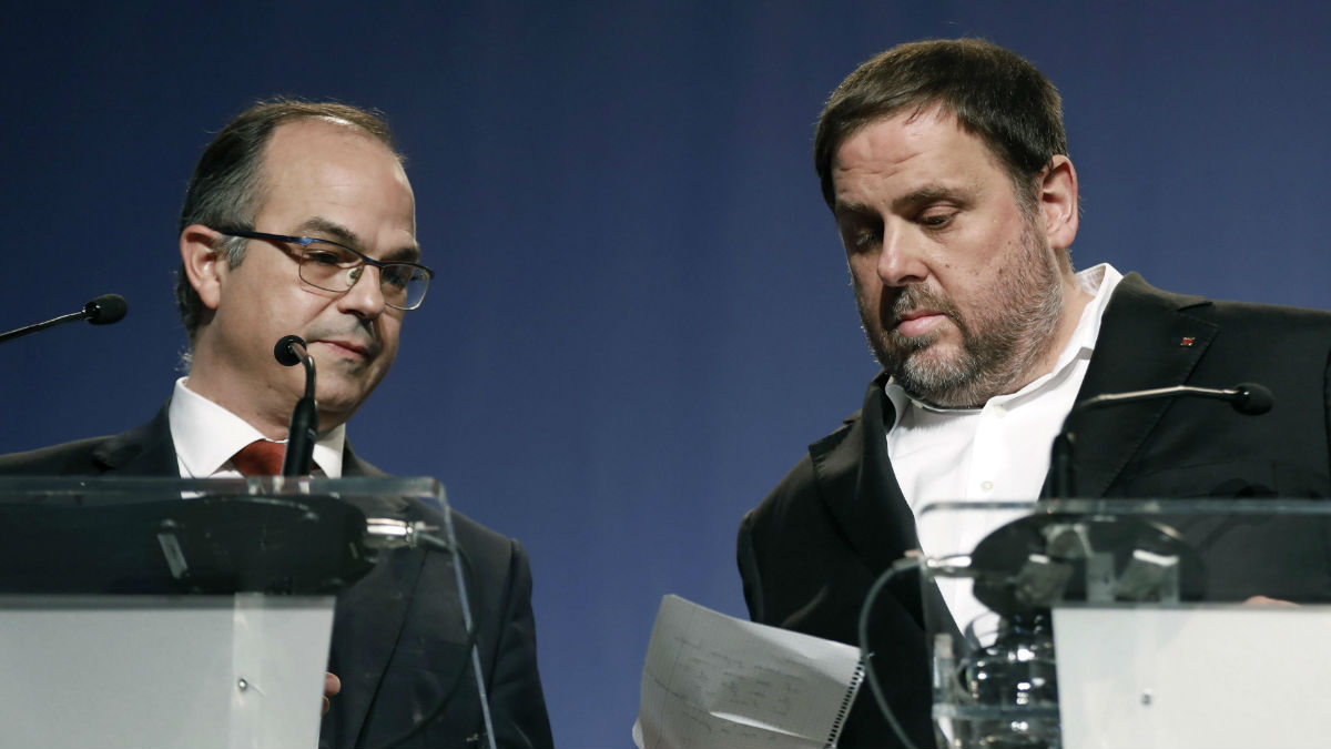 Oriol Junqueras y Jordi Turull. (Foto: EFE)