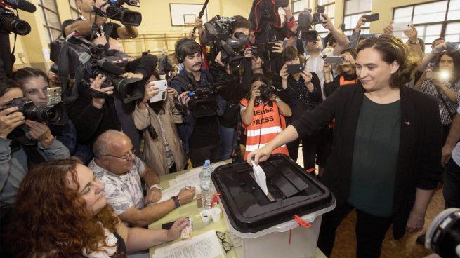 Referéndum Cataluña Ada Colau